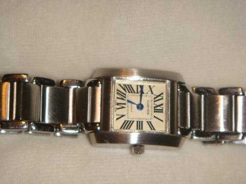 fc775a3a53ec Reloj cartier para dama (replica) en Caguas - Joyas